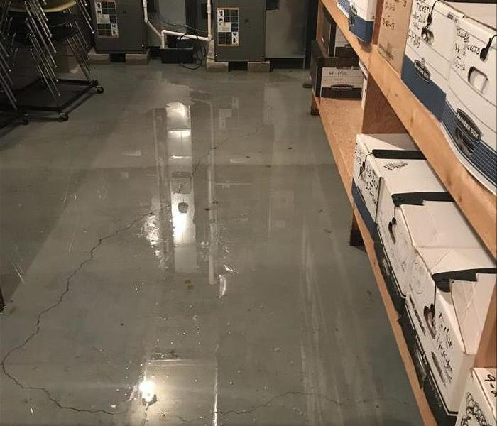Water damage at Bourbonnais local Business