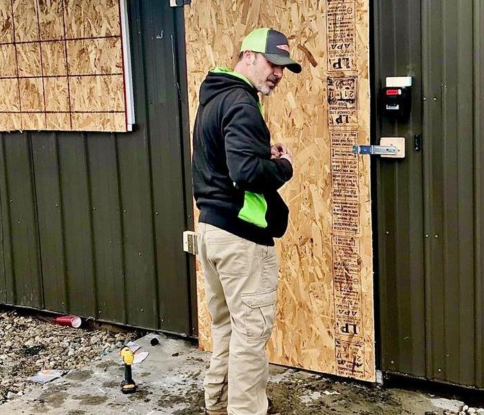 SERVPRO Technical Expert securing property after occurrence.